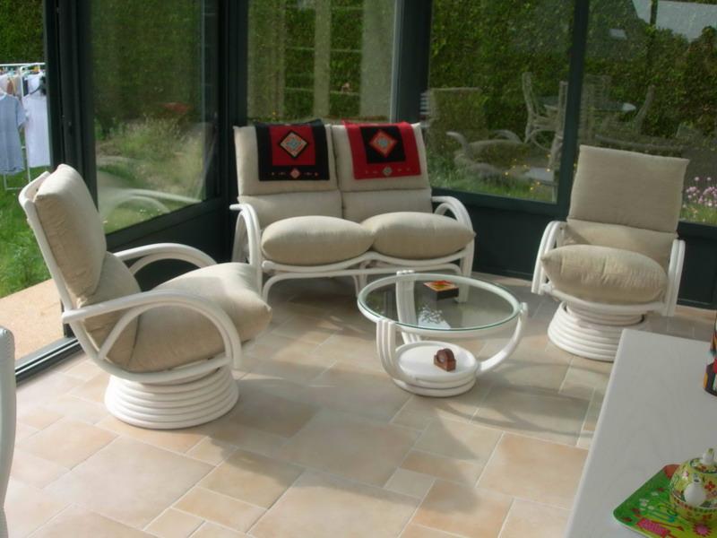 Salon rotin exodia home design rennes - Salon de veranda ...