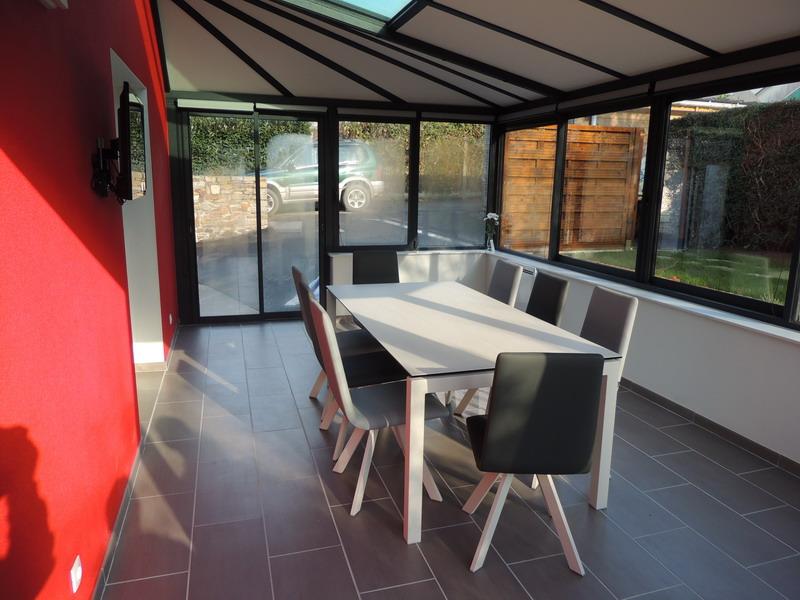 V randa exodia home design rennes 35 - Veranda gris anthracite ...