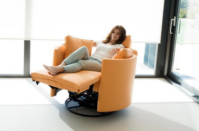 fauteuil orange relax electrique MOON FAMA Exodia