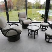 155 fauteuils rotin Valence et poufs anthracite