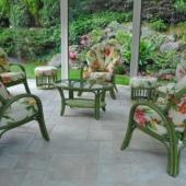 164 fauteuils rotin Golf vert et fleurs veranda