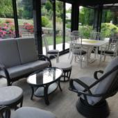 06-ensemble-veranda-salon-sejour-noir-et-blanc